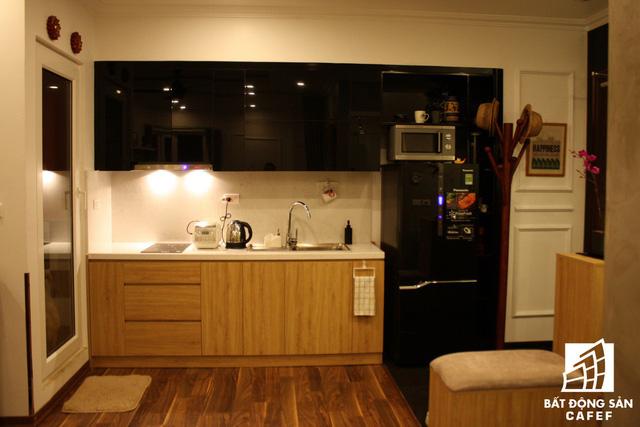Góc bếp trong căn hộ 45m2