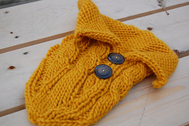 Tinkerknits Cabled Baby Cocoon Free Knitting Pattern