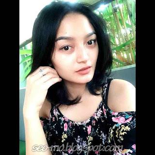 Foto Selfie Siti Badriah Paling baru
