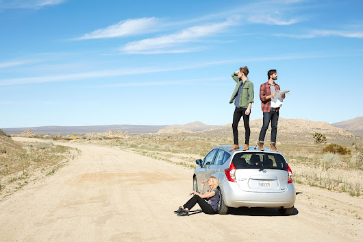 Lifestyle Advertising Photographer - Desert Road Trip