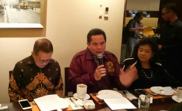 Pengusaha Dukung Anies Tertibkan Reklame Ilegal
