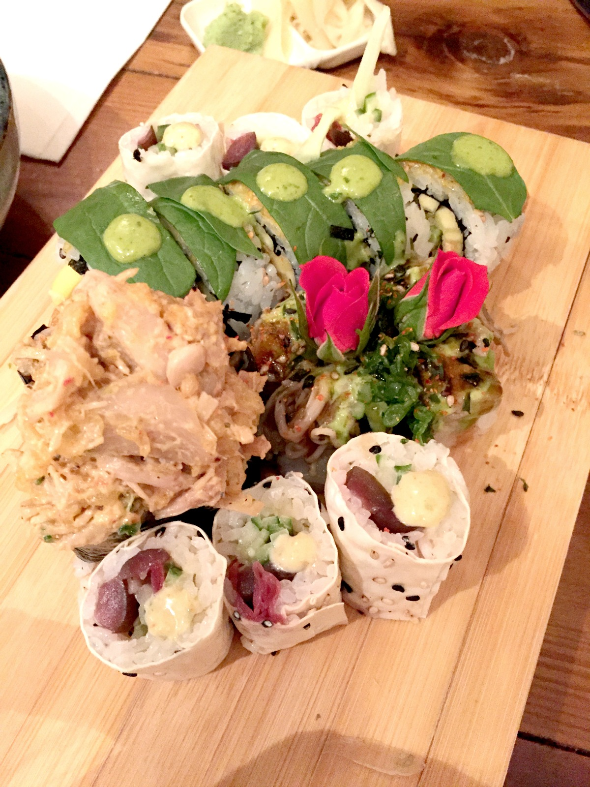 Sushi Momo-taster's menu-sushi-2