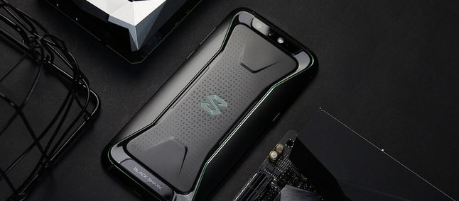 Best Android Gaming Phones Of 2018 - The Xiaomi Black Shark