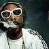 Snoop Dogg revela quem é a única pessoa que conheceu que fuma mais maconha que ele