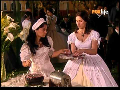 A escrava Isaura com Rosa, em cena vestidos