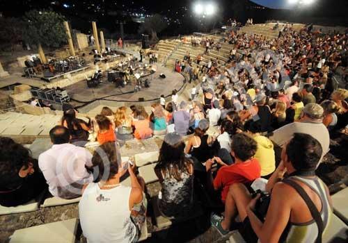 Το Ελληνικό φεστιβάλ προσλαμβάνει ταξιθέτες για την Επίδαυρο