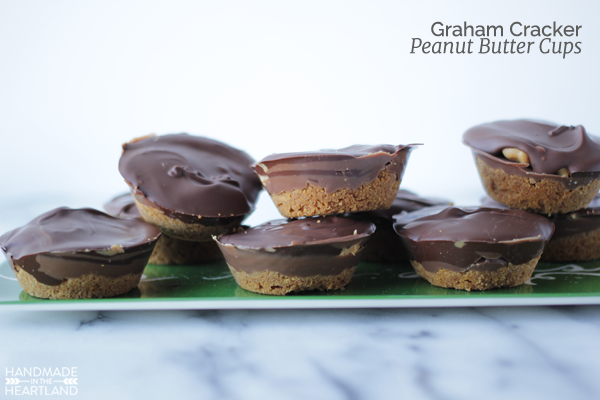 Try these easy to make graham cracker peanut butter cups this holiday.