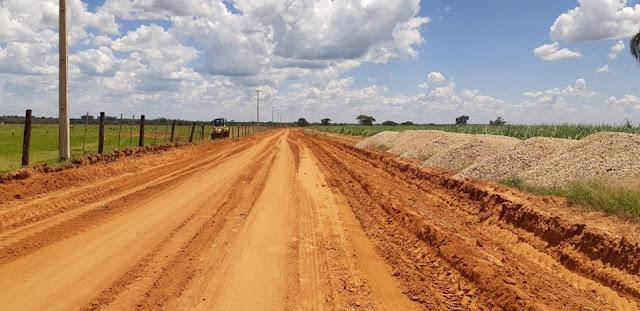 Estrada rural para o bairro Palmital foi recuperada pela Prefeitura