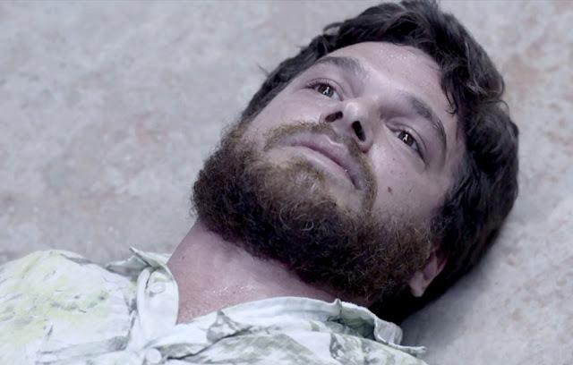 """Rubinho morre em troca de tiros no último capítulo de """"A Força do Querer"""""""