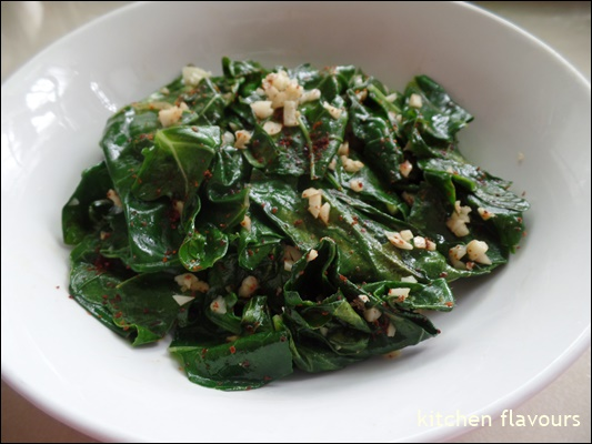 kitchen flavours: Garlicky Greens