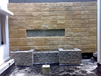 water wall dan kolam koi | www.jasataman.co.id