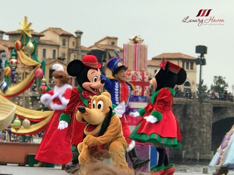 disneysea mediterranean harbor perfect christmas show mickey pluto