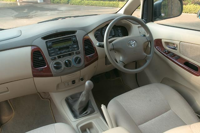 al falah rental toyota innova for rent in langkawi. Black Bedroom Furniture Sets. Home Design Ideas