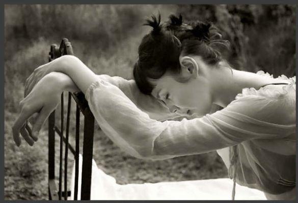 14b020ea7 ليست مشكلتي ان لم يفهم البعض مااعنيه وليست مشكلتي ان لم تصل الفكرة لأصحابها  هذه قناعتي ..وهذه افكاري.. وهذه كتاباتي بين ايديكم اكتب ما اشعر به واقول ما