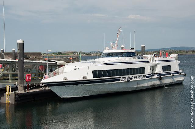Ferry de las Islas Aran Inishmore