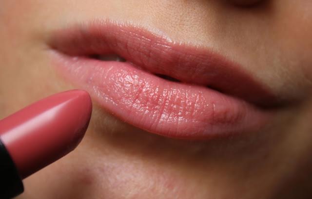 губы с оттеночным бальзамом