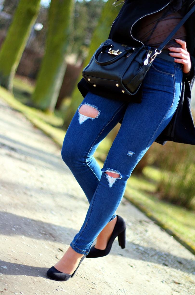 jeans z dziurami, spodnie z dziurami, pull bear, pull and bear, mgiełka, bonprix, koszula, bluzka, fashion, czółenka, zamszowe, czółenka na słupku, lorus, celebrytka,