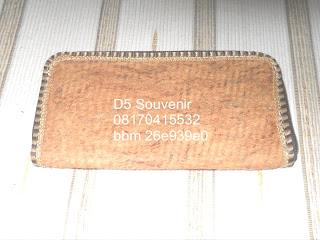 dompet kayu lantung, souvenir unik, souvenir pernikahan dompet kayu lantung