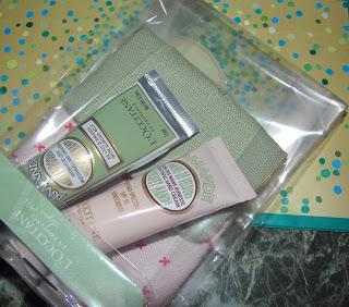 Promotii de vara la produsele L'occitane, pachetele retro pentru fete cochete