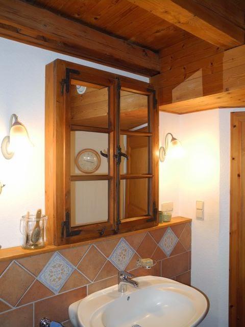 schmiedegarten zweites leben f r ein fenster. Black Bedroom Furniture Sets. Home Design Ideas
