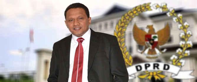Ketua DPRD Maluku, Edwin Adrian Huwae menyatakan tetap fokus menjalankan tugas sebagai pimpinan legislatif atas perintah partai dan tidak menanggapi serius rumor dirinya ditawarkan sebagai pasangan calon kepala daerah dalam pemilihan Gubernur - Wagub 2018.