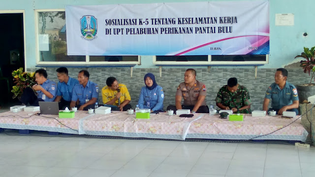 UPT PPP Bulu Berikan Arahan K5 Kepada Nelayan dan Pengguna Jasa