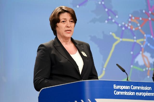 Commissario europeo per i trasporti, Bulc: il cambio dell'orologio si fermerà nel 2019