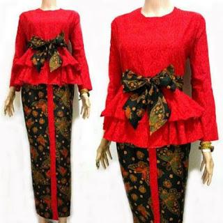 Model Baju Batik Embos Kombinasi Kain Polos