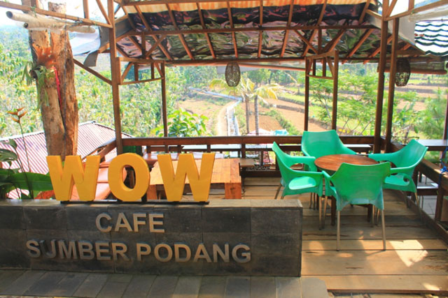 Wow Kafe, Sumber Podang