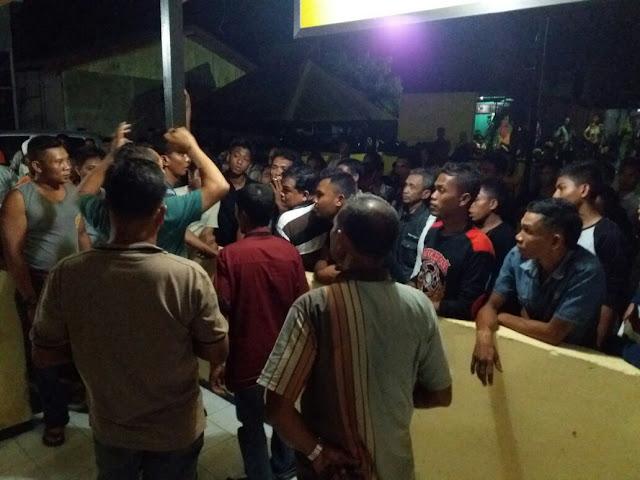 Gara-Gara Parkir Kendaraan, Dua Tetangga di Abdya Saling Pukul