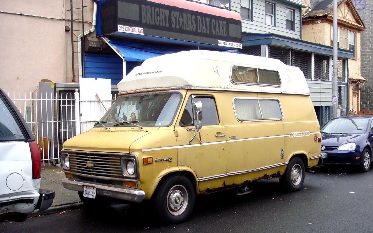 THE STREET PEEP: 1976 Chevrolet Chevyvan 20