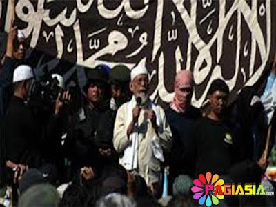 Polisi Menangkap 7 Tersangka Penyerang Gereja Oikumene di Samarinda yang Menobatkan Diri Kepada ISIS