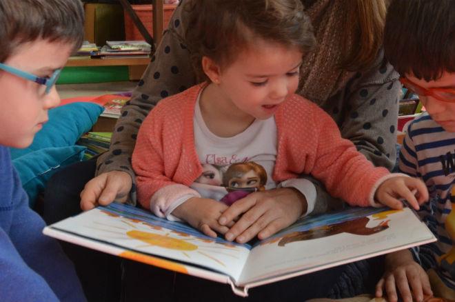 recopilación consejos escoger libro infantil y 23 cuentos para 2 a 3 años edad