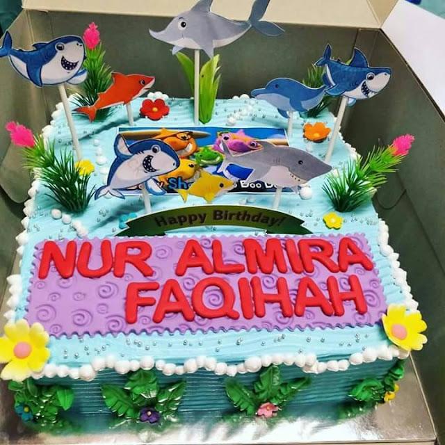 tempahan kek hari jadi kanak-kanak baby shark di penang, kek hari jadi kanak-kanak penang, kek untuk kanak-kanak, baby shark birthday cake, ordering birthday cake, creative birthday cake, kek baby shark,
