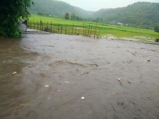 Kota dan Kabupaten Bima Banjir Lagi, Banyak Warga Mengungsi