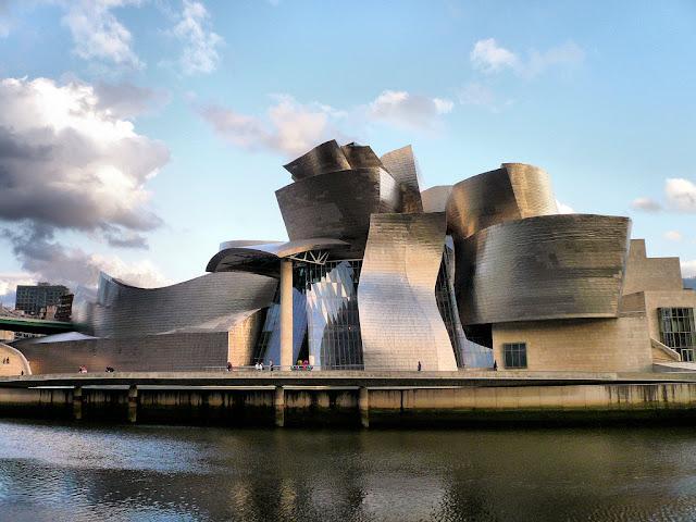 insaat-noktasi-blog-Guggenheim-Muzesi-Bilbao-Ispanya-Bask