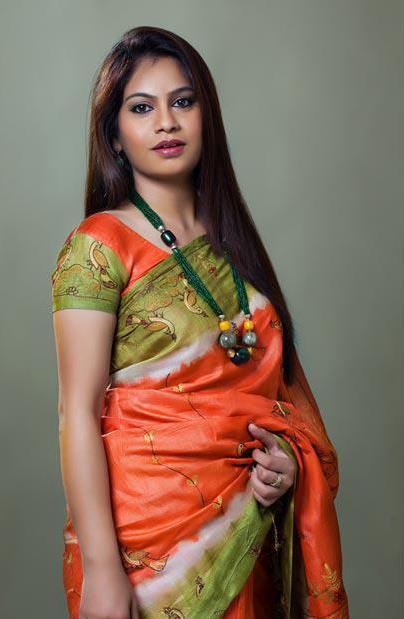 indian long hair girls glamorous