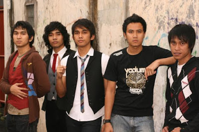 Download Kumpulan Lagu Lyla Mp3 Full Album