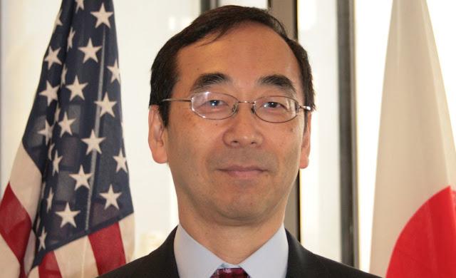 Consul y relaciones internacionales