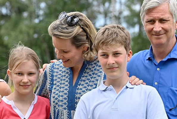 Queen Mathilde, Crown Princess Elisabeth, Prince Gabriel, Princess Eleonore and Prince Emmanuel. Etro blue embroidered blouse, Zara top