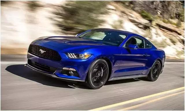Ford-Mustang-