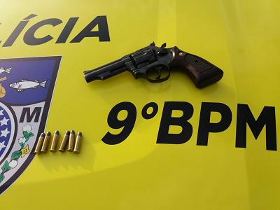 Em Inhapi,  9º BPM apreende arma de fogo e drogas na zona rual do município