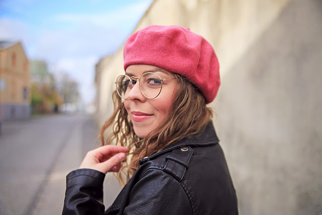 paryż-groszki-jesien-moda-beret