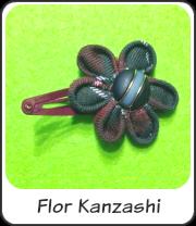 Flor kanzashi para adorno