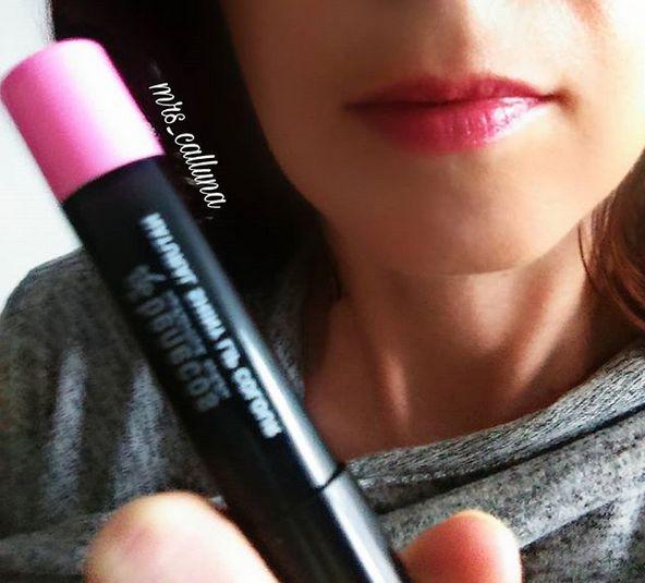 różaowa szminka