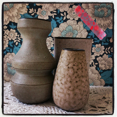 ByHaafner, vase, thrifted, blue wallpaper with flowers, doily, neon pink, pink washi tape, crochet, instagram