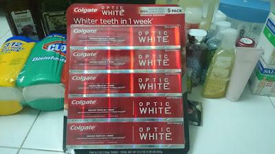 Kem Đánh Trắng Răng Colgate Optic White Sparkling White 178g