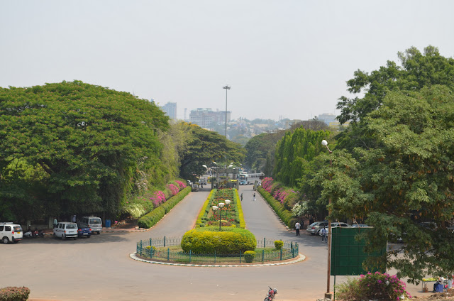 Lal Bagh, Bangalore Entrance