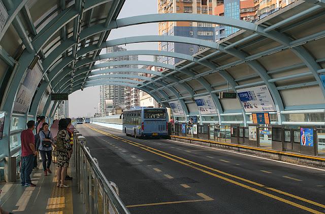 Une station BRT à Xiamen