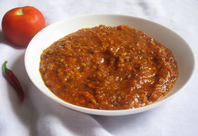 Velvety South Indian Tomato Chutney